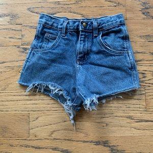 Vintage Highwaisted Jean Shorts